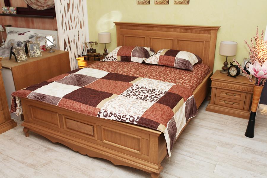 Mobilier dormitor clasic Gent - pat lemn stejar